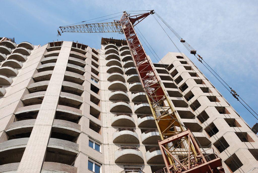 сколько времени строится многоэтажный дом